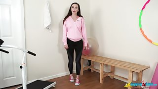 Fervent Sophia Smith gets rid be advisable for her clothes chit sport training just for you