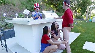 Ariella Ferrera coupled with Jennifer Jacobs celebrate July Fourth with a threeway