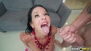 Veronica Avluv Shows What She Can Pull off - Carbon copy Penetration Scene