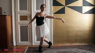 This naughty ballerina loves dancing and undressing and she's so fucking nutriment