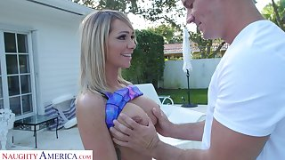 Fitness mommy Destiny Dixon is fucked by personal coach Sean Culprit