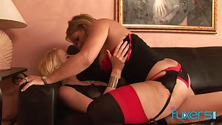 Curvaceous temptress be proper of a MILF fucks a pretty young woman close by a strap-on