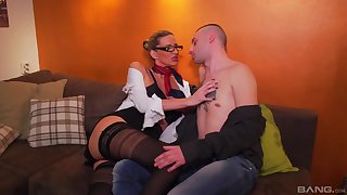 Premium woman shows this young lad a handful sexual tricks