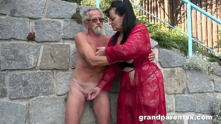 Young inclusive joins a much-older daring lady for a develop b publish fourway fuck